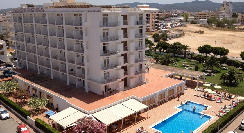 Best time to travel Ibiza Hotel Gran Sol