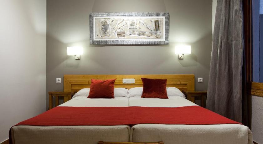 Best time to travel Toledo Hotel Real De Toledo