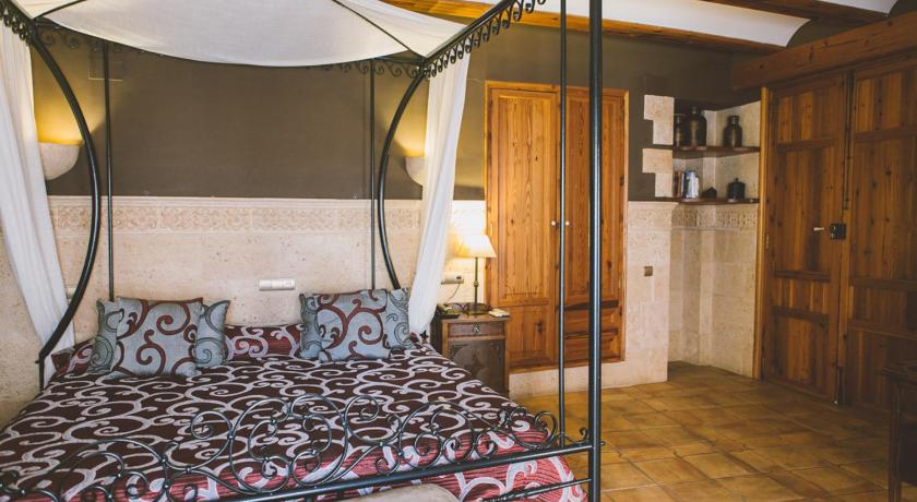 Best time to travel Spain Hotel Casa Babel