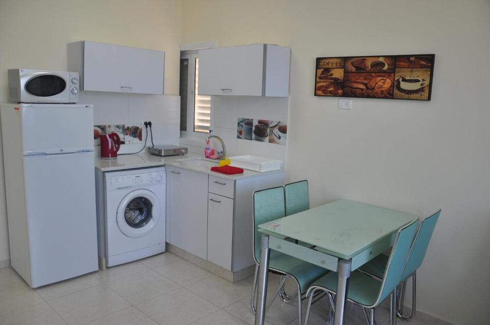 Short Term Apartment Tel Aviv Bat Yam 413 Hotel And Room Photos