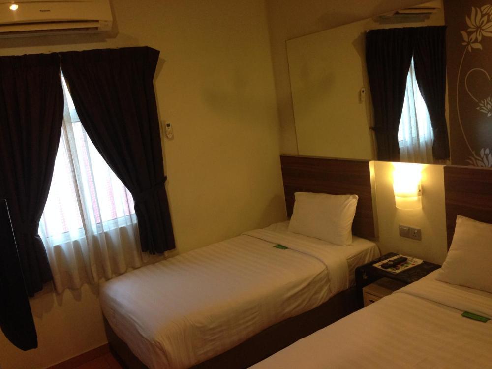 Tune Hotel - Danga Bay Johor Prices, photos, reviews, address  Malaysia