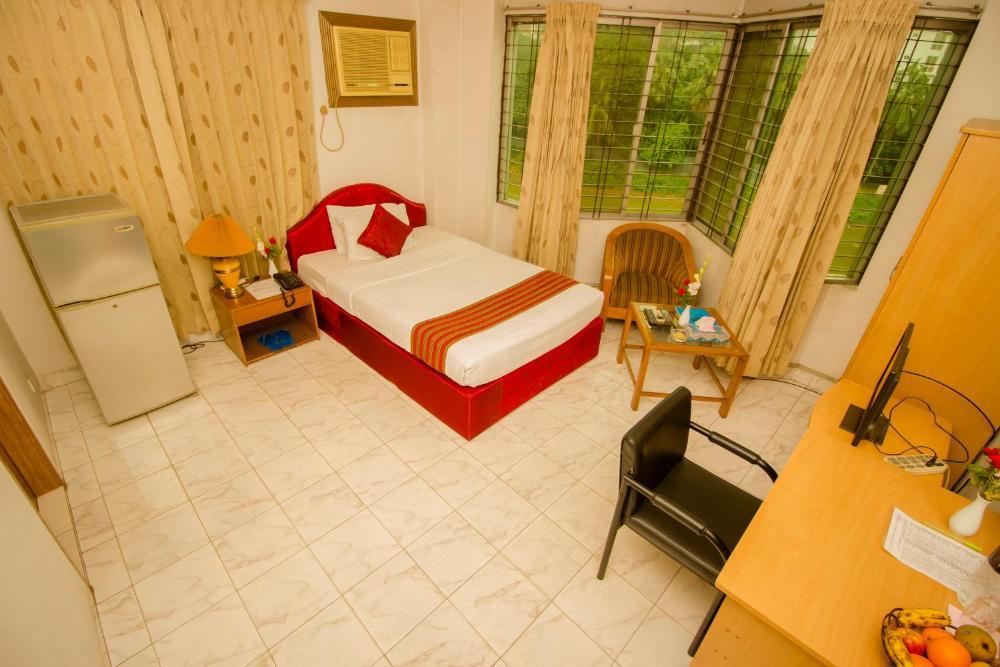 Laurel Hotels Ltd Hotel And Room Photos