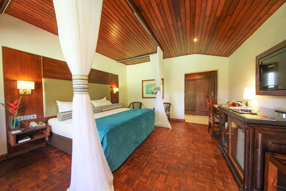 Lake Naivasha Country Club - Kichaka Tours and Travel Kenya