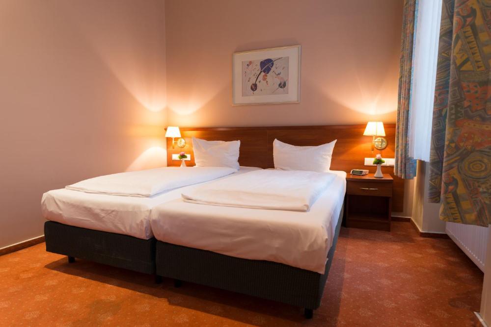 Rewari Hotel Berlin Prices Photos Reviews Address Germany