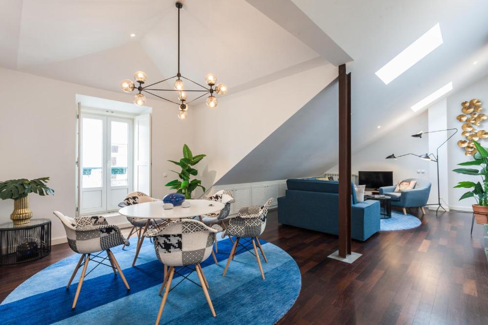 Explore Vibrant Lisbon from a Designer Loft at Casa da Barroca