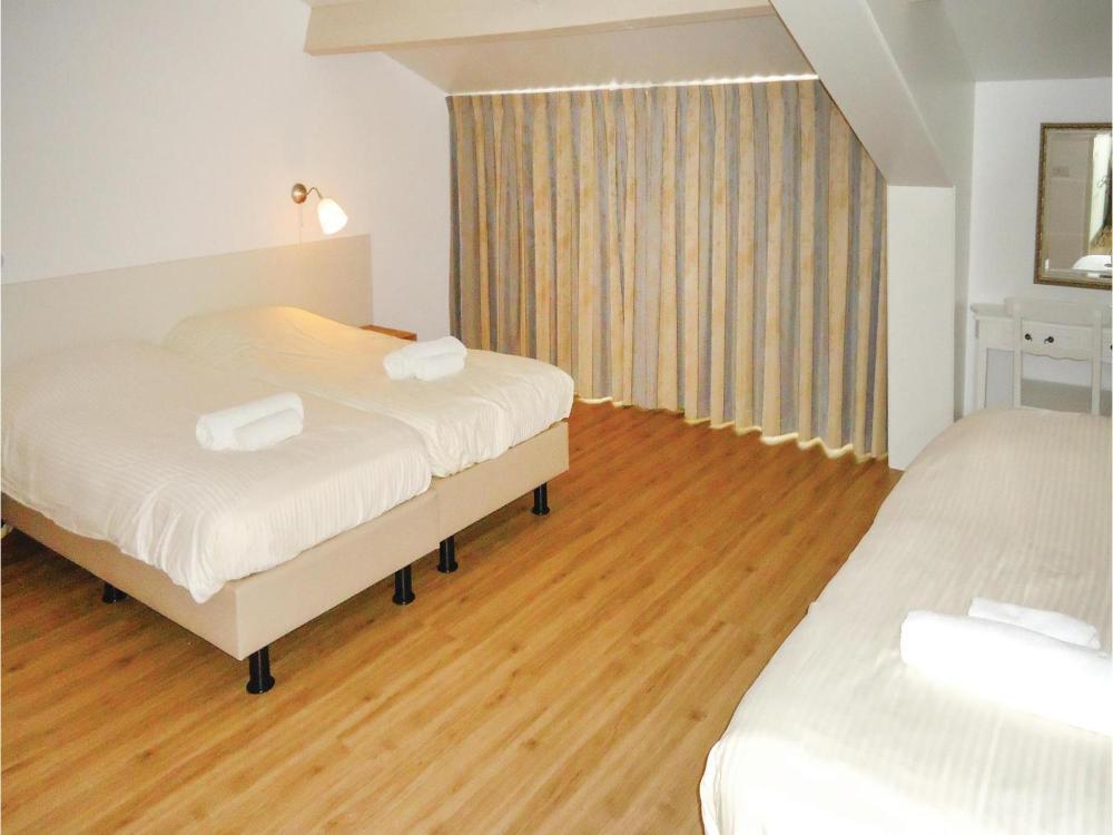 Bed En Brood De Veenhoeve.Asterix Prices Photos Reviews Address Netherlands