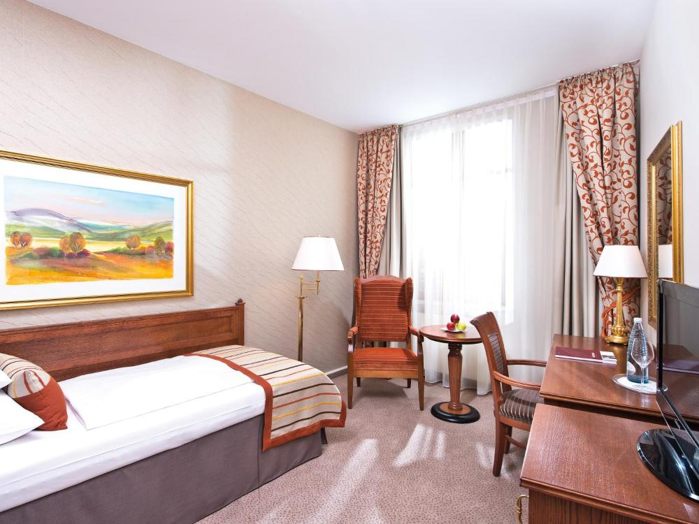 Travel Charme Hotel Gothisches Haus Prices Photos Reviews Address