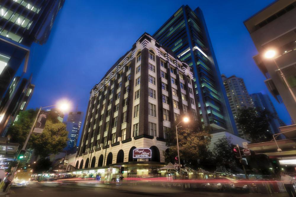 Royal Albert Hotel