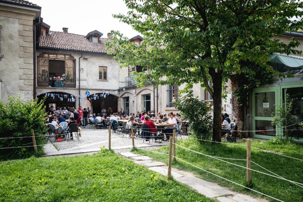 Foto - Un posto a Milano