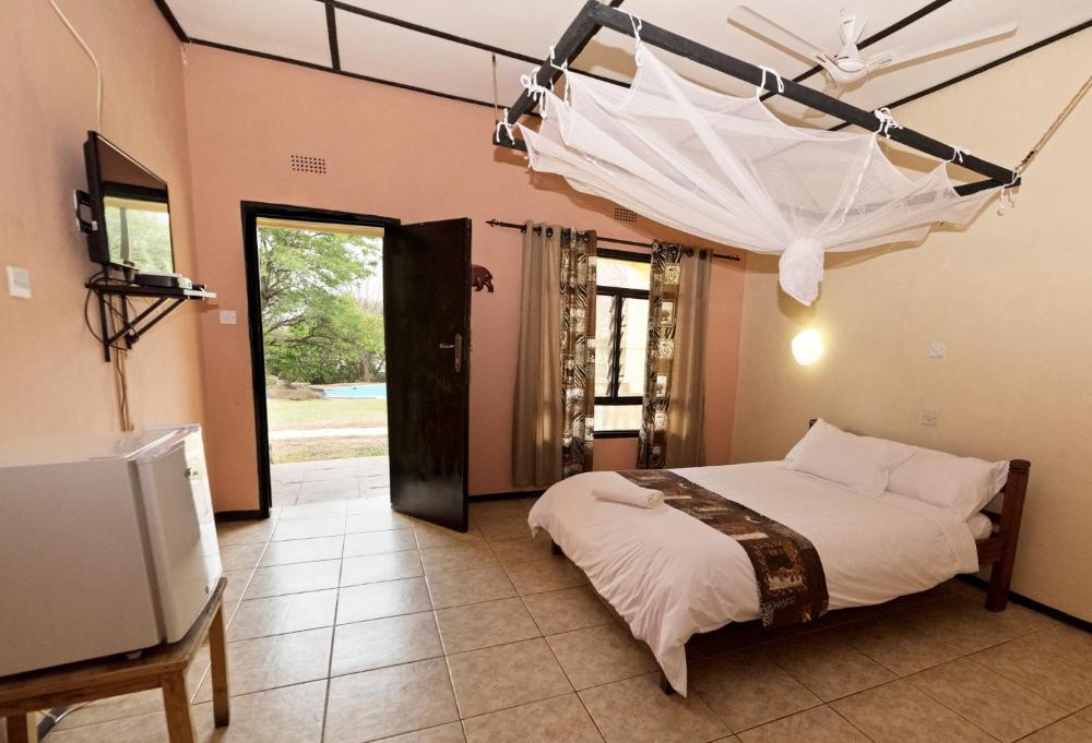 Safari Beach Lodge Hotel And Room Photos