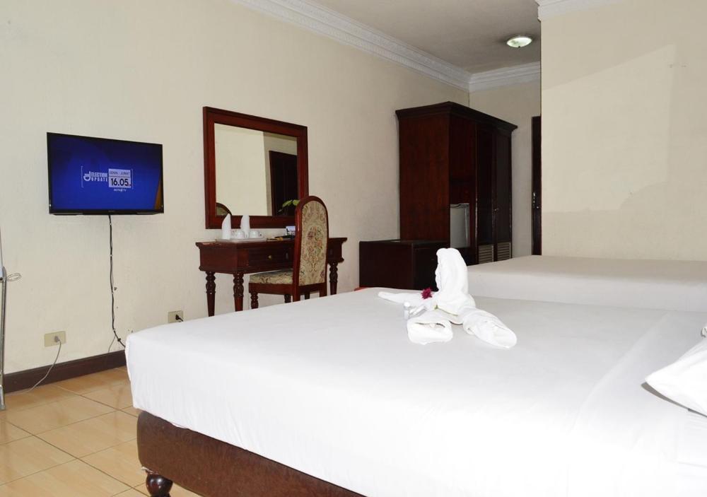 Hotel Bukit Indah Prices Photos Reviews Address Indonesia