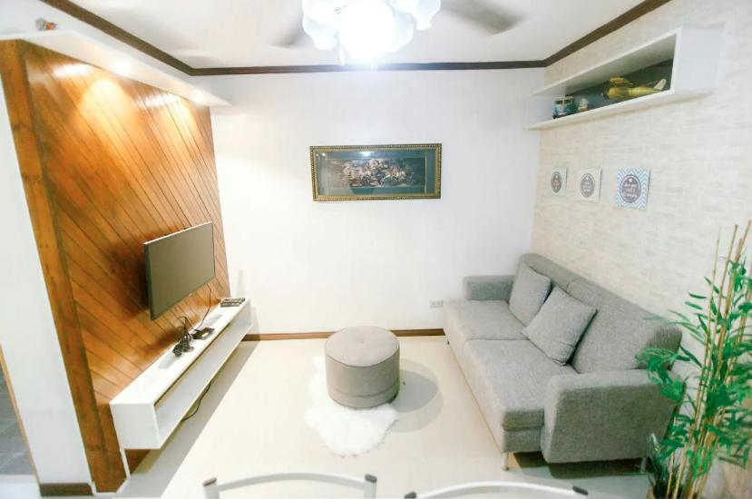 Xl S Space At Urban Deca Homes Prices Photos Reviews Address Philippines