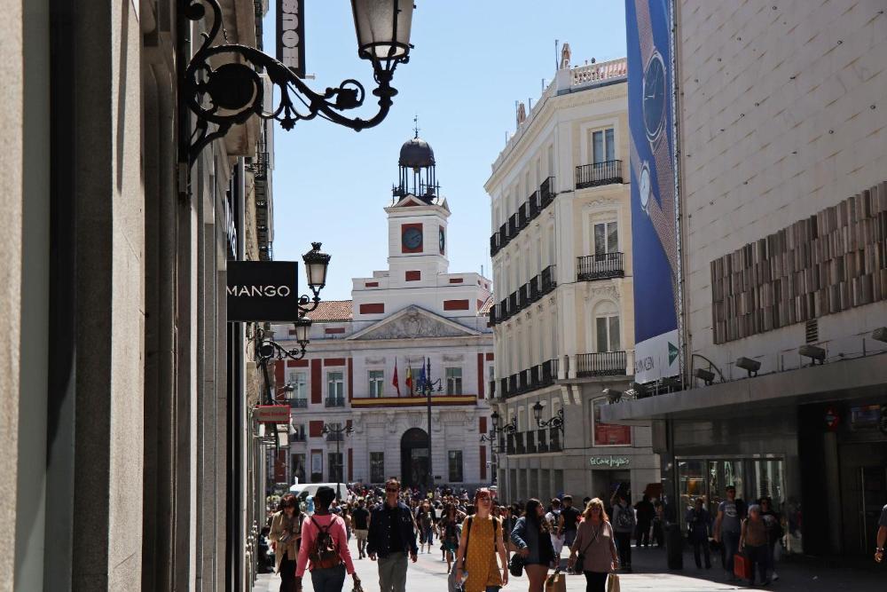 Calle Preciados Sol Gran Vía Callao Downtown Madrid Centro