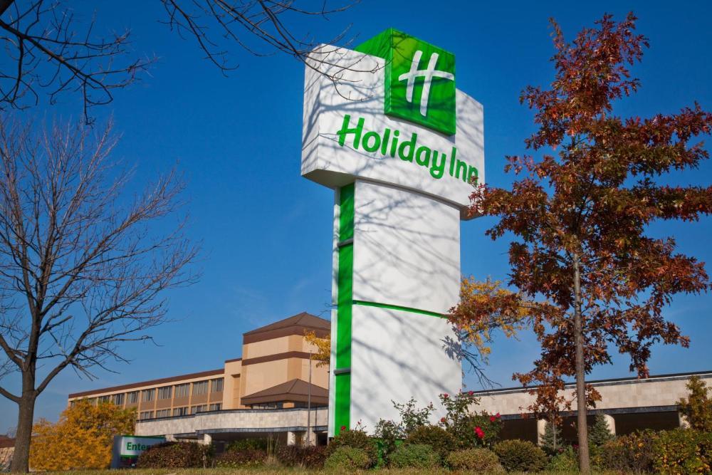 Holisay Inn Hotels Nearby