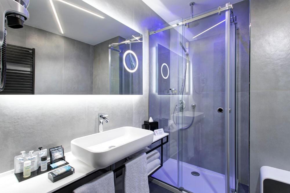 Photo - iQ Hotel Milano