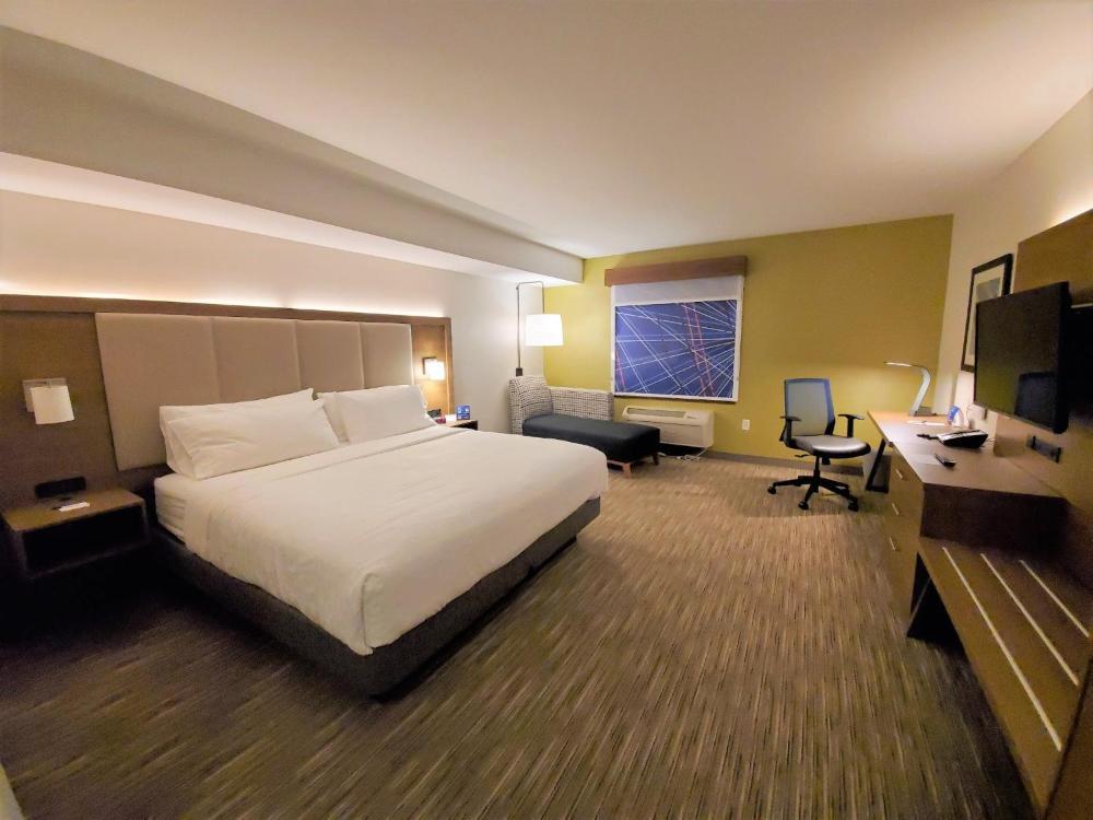 Holiday Inn Accommodations
