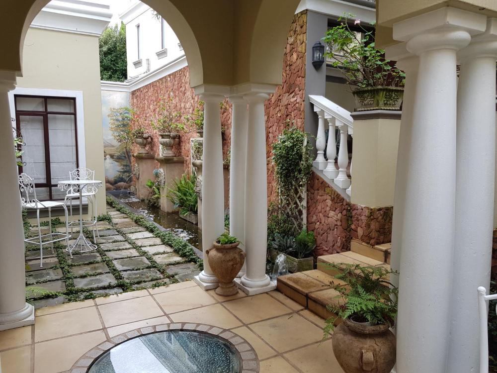 Villa Lugano Guesthouse