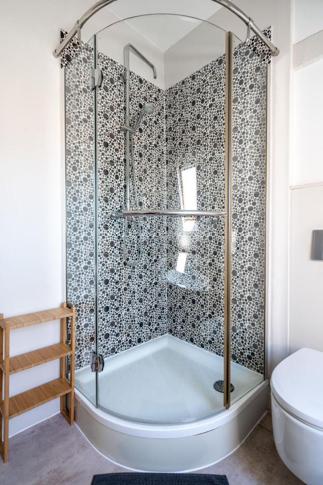 Spacious Guest Suites Near Historic Market 5 Min Walk Prices Photos Reviews Address Belgium