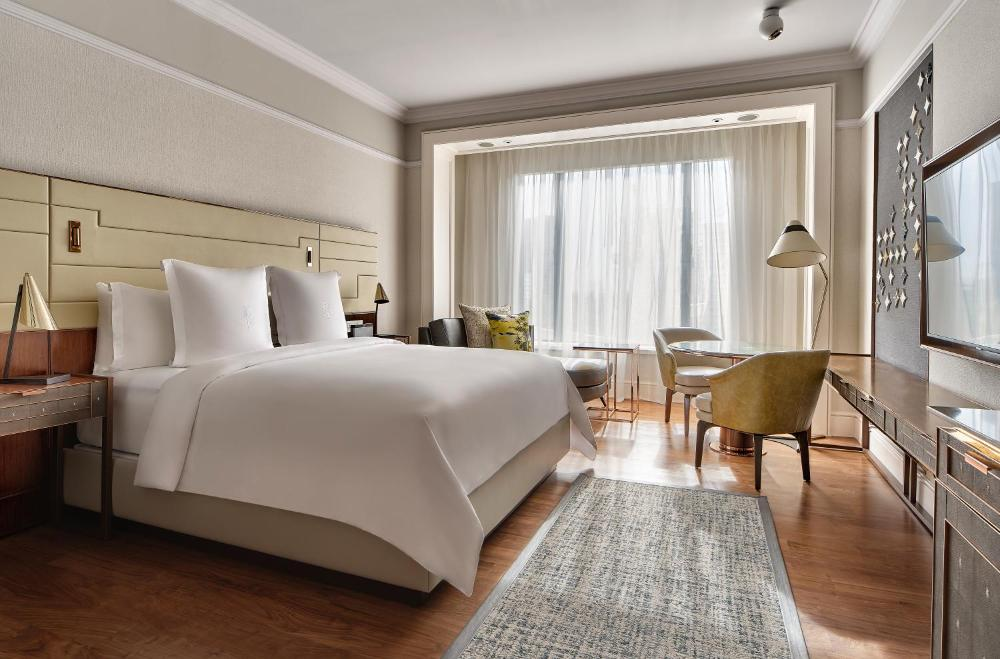 Four Seasons Hotel Singapore (SG Clean, Staycation Approved)