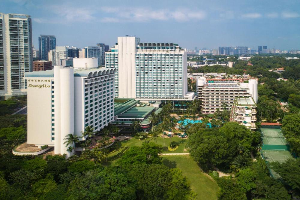 Shangri-La Singapore (SG Clean, Staycation Approved)