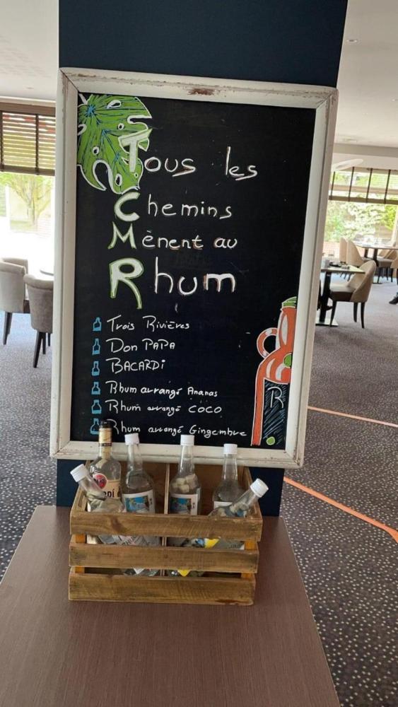 Foto - Hostellerie Saint Vincent Beauvais Aeroport