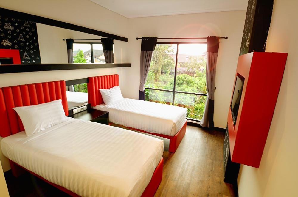 Kalya hotel yogyakarta prices photos reviews address. indonesia