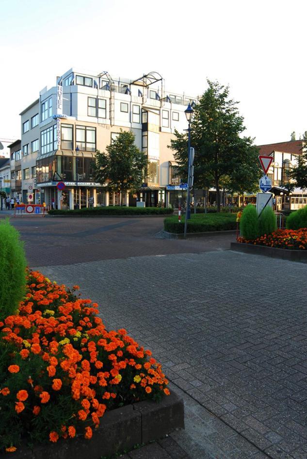 Hotel De Swaen Prices, photos, reviews, address  Belgium