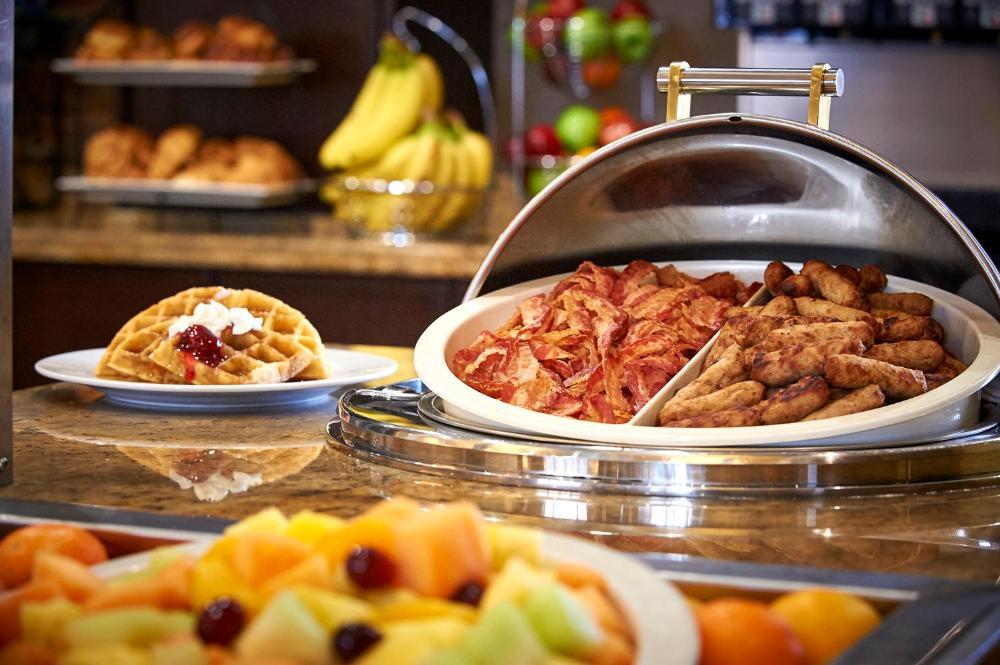 Staybridge Suites Breakfast