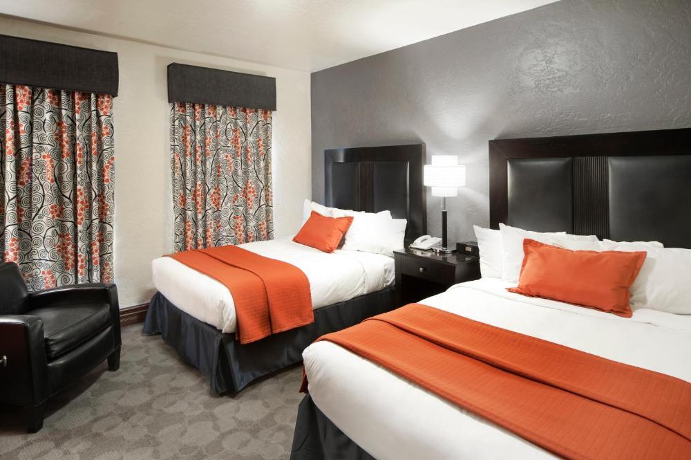 Photo - Golden Gate Casino Hotel