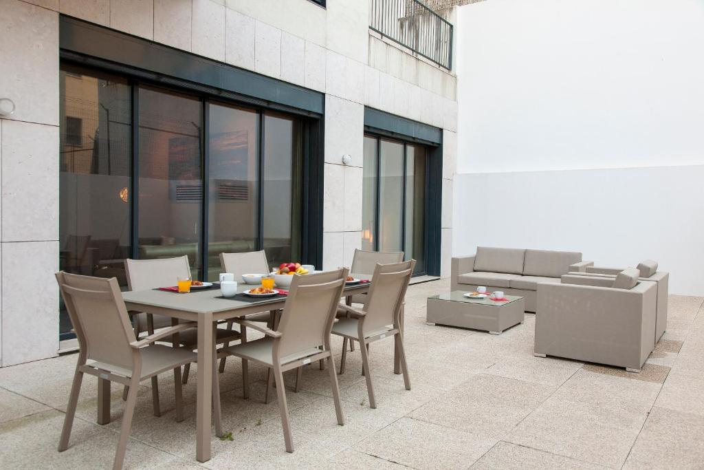 ALTIDO Luxurious and Spacious 1-bed Apt with huge terrace by Parque subway