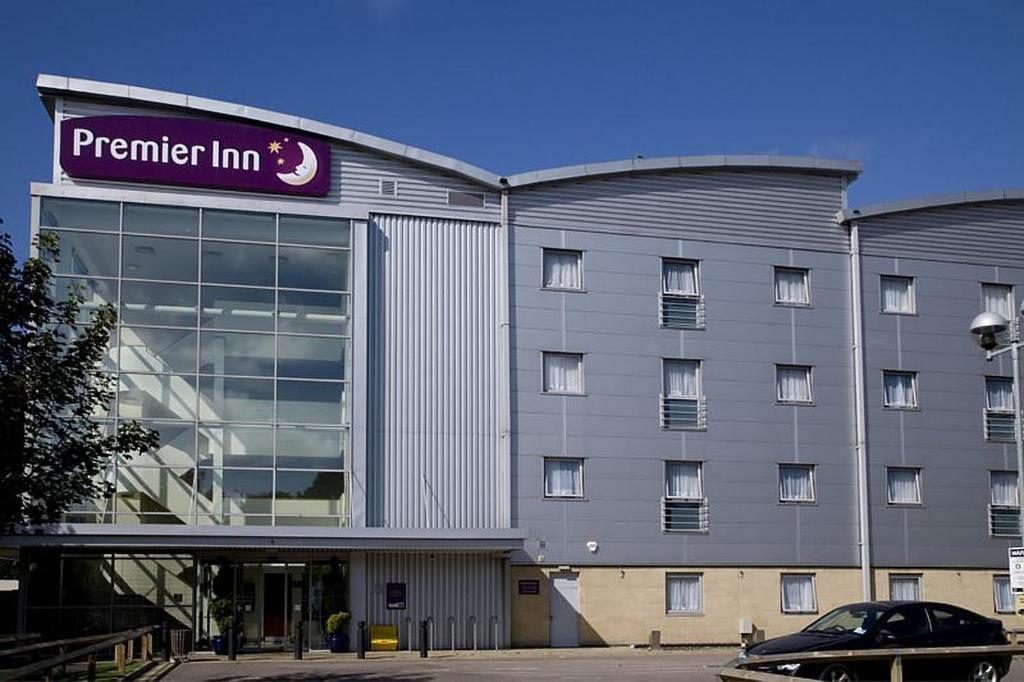 Hotels Near The O London Premier Inn