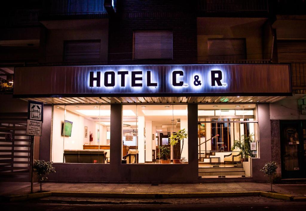 Hotel CyR