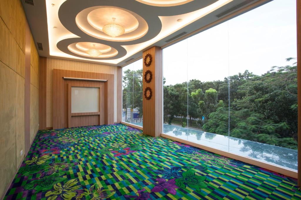 The Celecton Hotel Jababeka Cikarang Book Your Hotel With