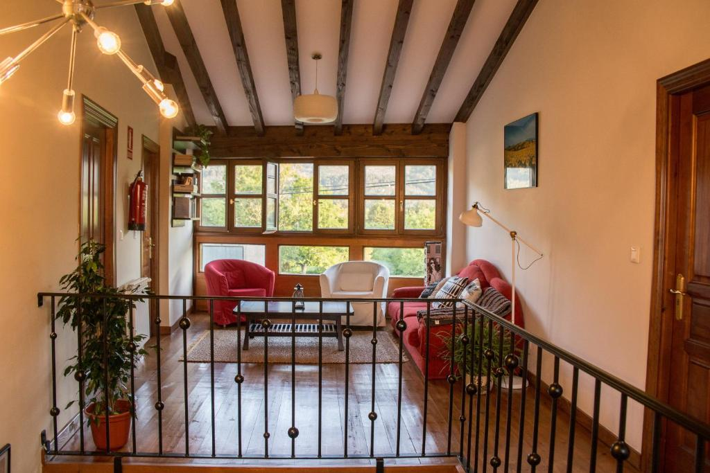 Four-Bedroom House Casa Rural Gallu Juancho