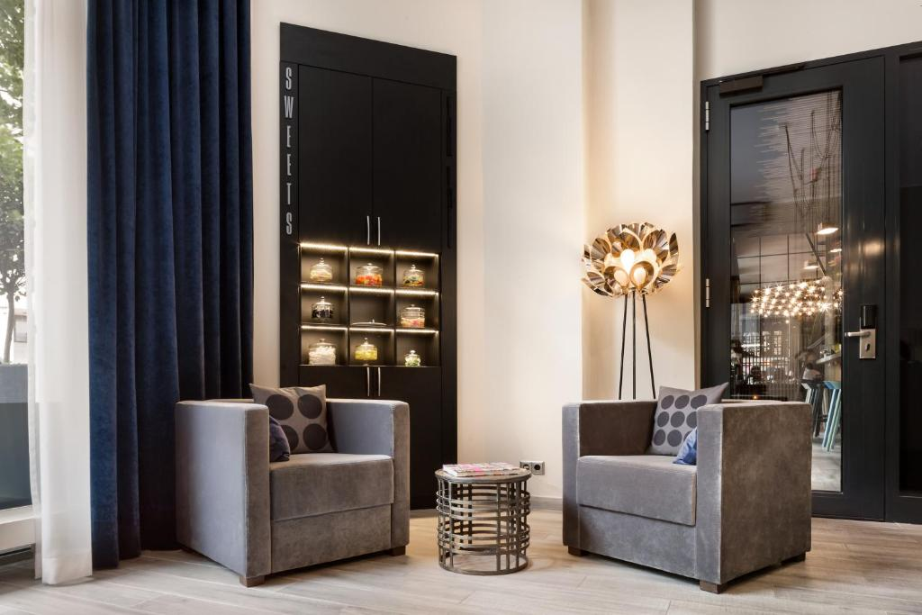 lux 11 berlin mitte r servation gratuite sur viamichelin. Black Bedroom Furniture Sets. Home Design Ideas