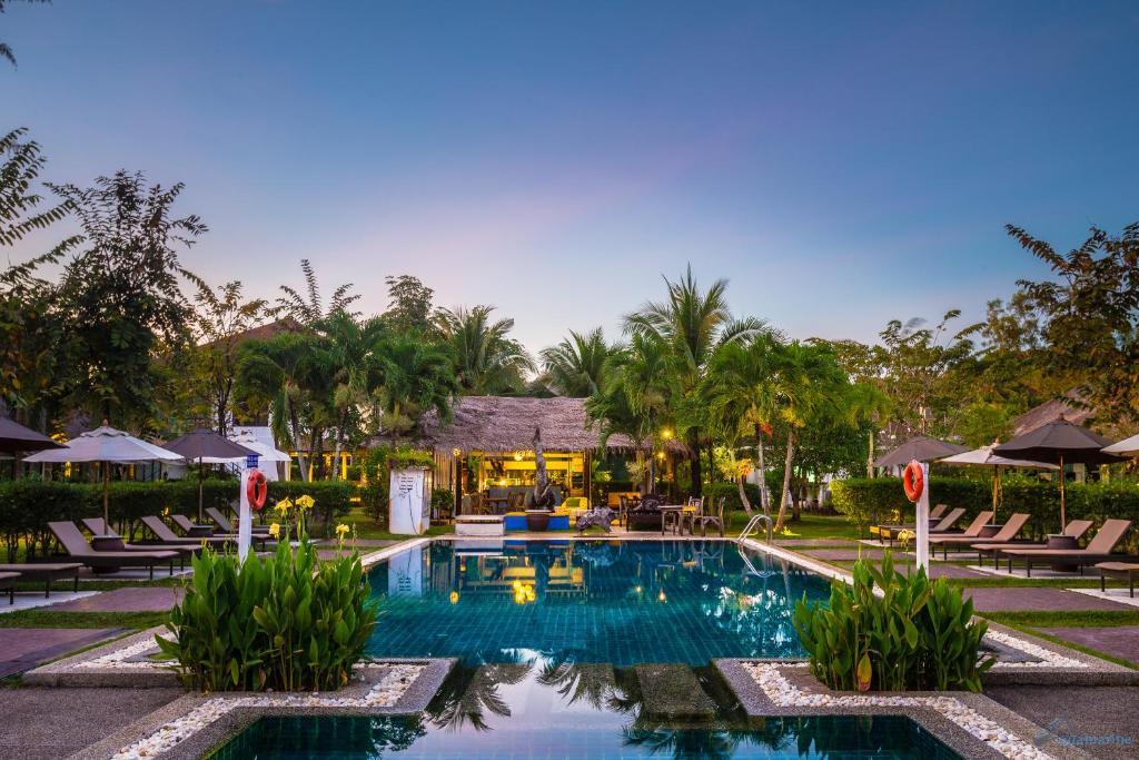 The Unique Krabi Private Pool Villa вилла на пляже Ао