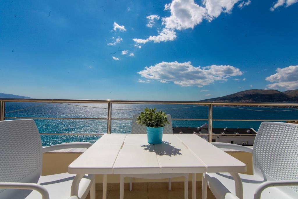 Blue Sea Apartments