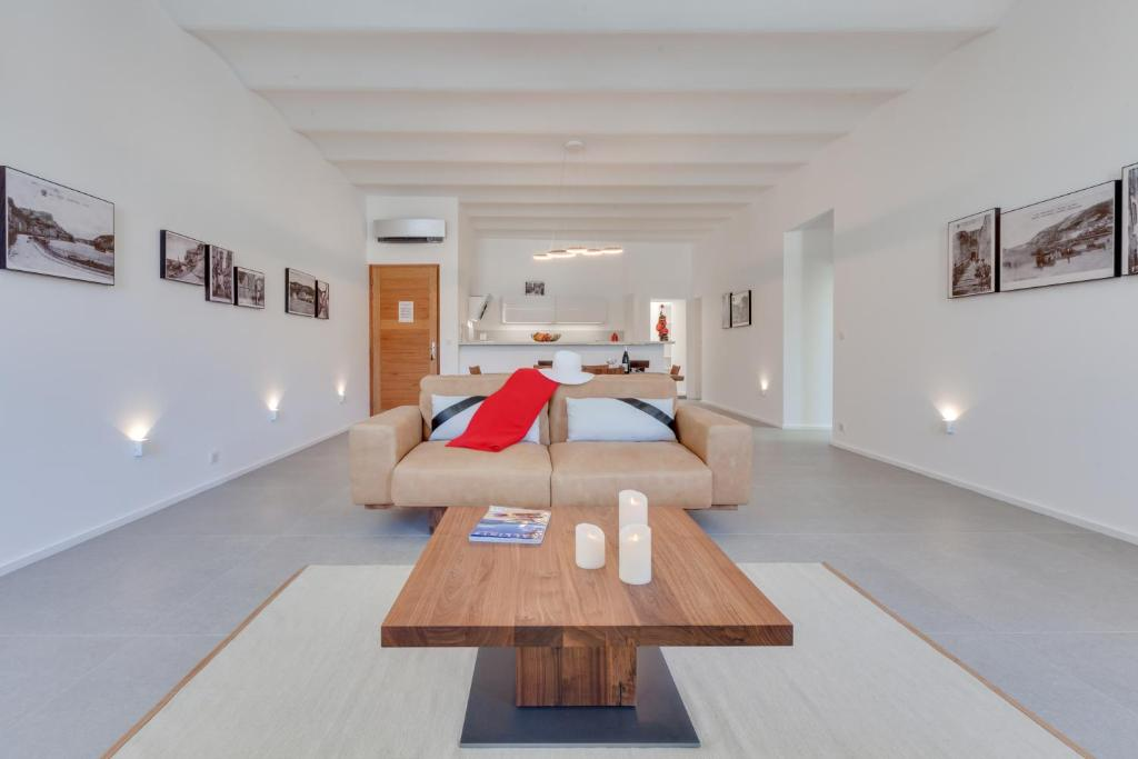 les appartements du port r servation gratuite sur viamichelin. Black Bedroom Furniture Sets. Home Design Ideas