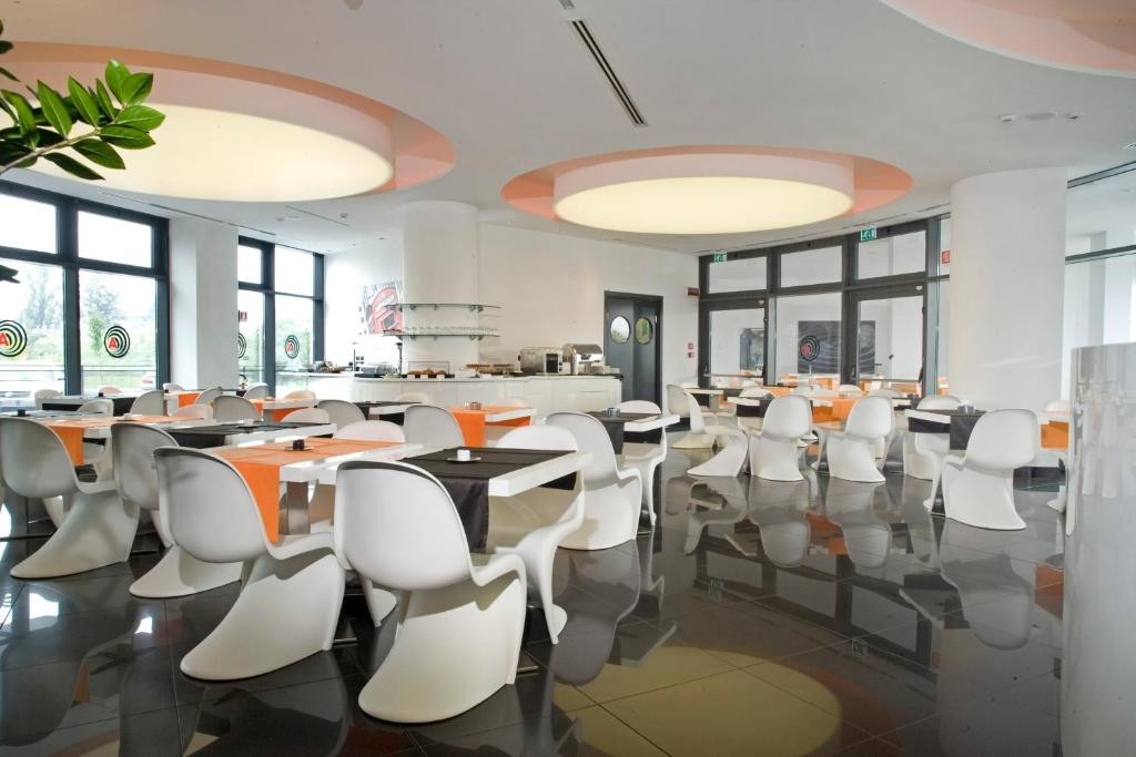 Amati 39 design hotel zola predosa viamichelin for Amati hotel zola predosa