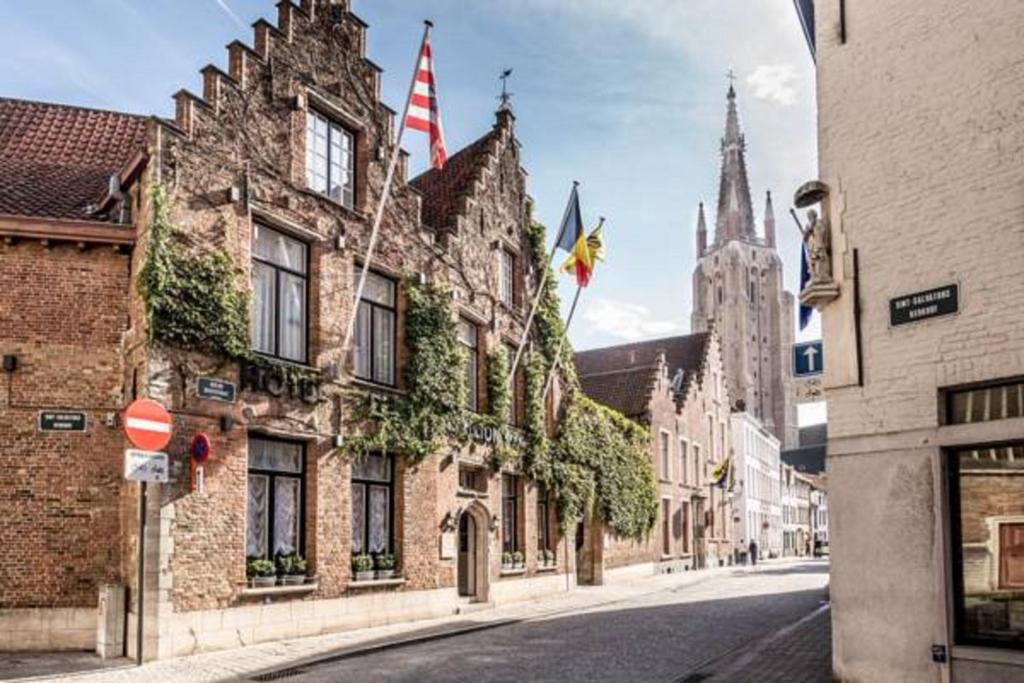 Hotel De Castillion - Small elegant family hotel