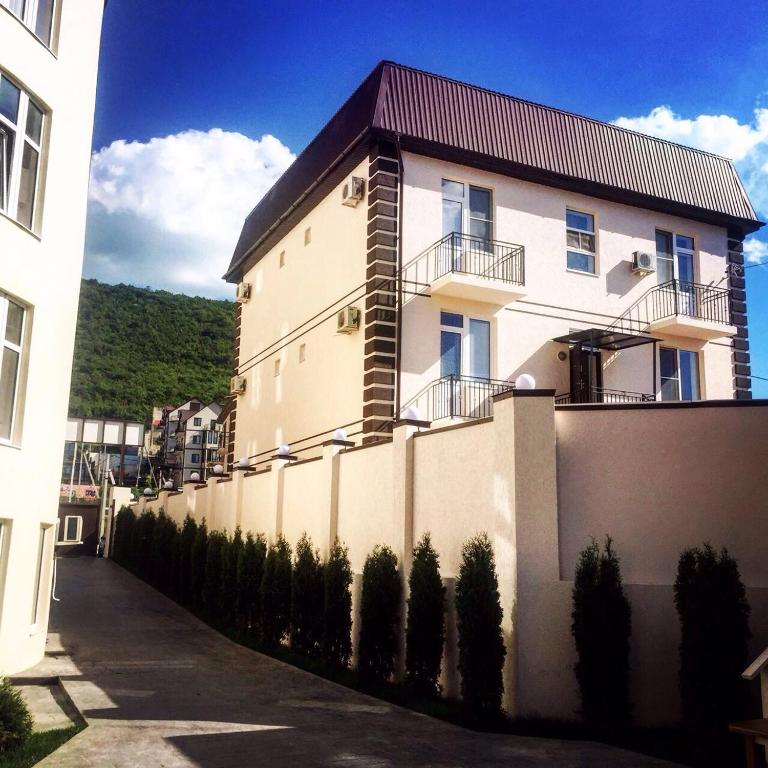 Guest House na Tsentralnoy Olimp