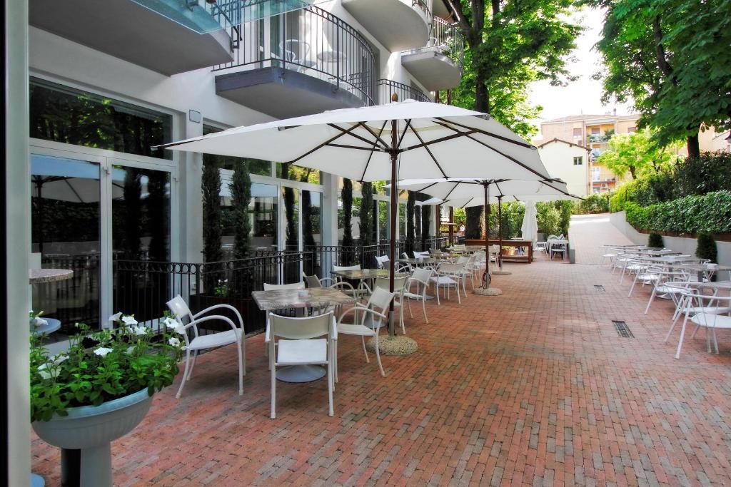 Boutique hotel calzavecchio casalecchio di reno for Hotel a casalecchio di reno