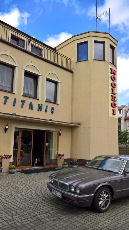noclegi Władysławowo Titanic