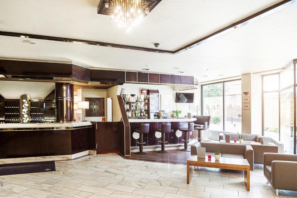 hotel d sseldorf city by tulip inn d sseldorf prenotazione on line viamichelin. Black Bedroom Furniture Sets. Home Design Ideas