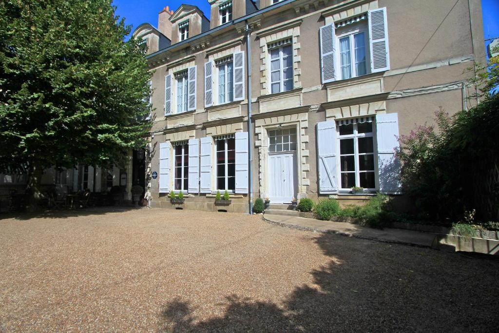 Hotel Angers Booking
