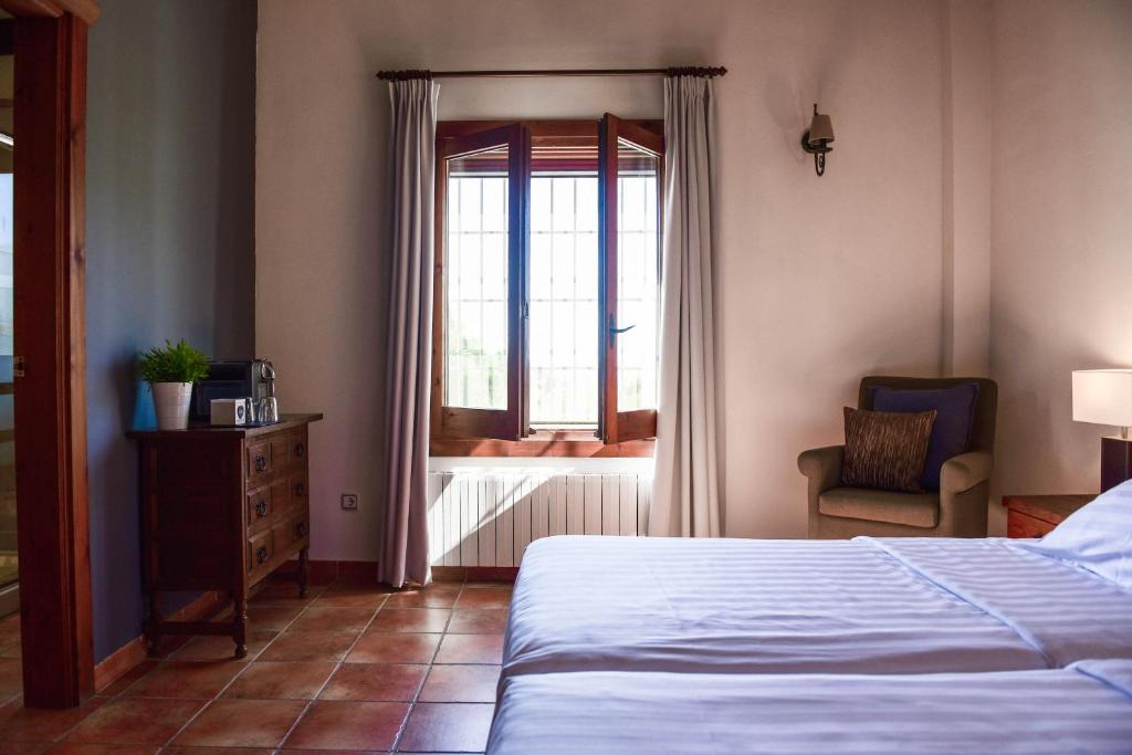 King Room La Perla de Frigiliana Bed & Breakfast Deluxe