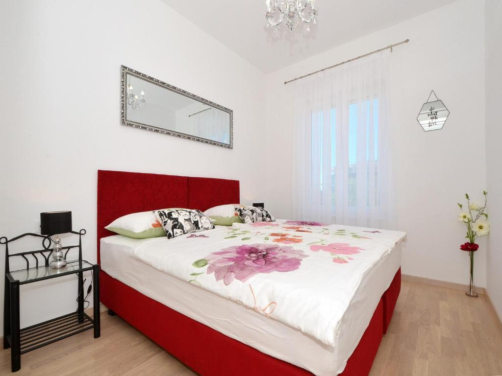Luxury apartment Marionik
