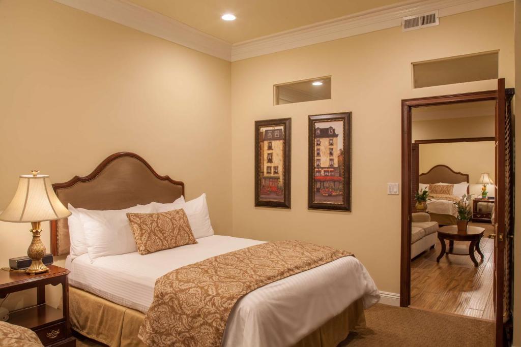 Best Western Plus Sunset Plaza Hotel Photo #2