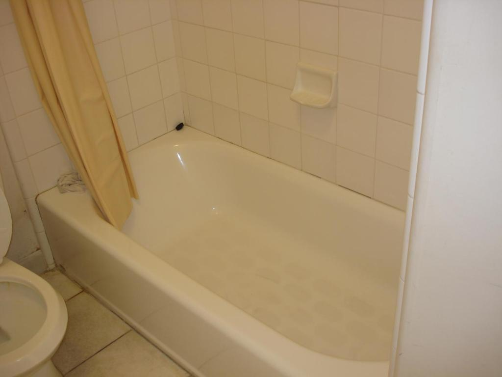 Motel 6 Gilroy - Gilroy - book your hotel with ViaMichelin