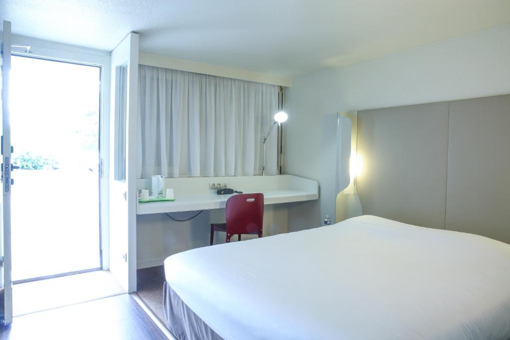 H tel inn design resto novo nantes sainte luce ex for Design 8 hotel soest